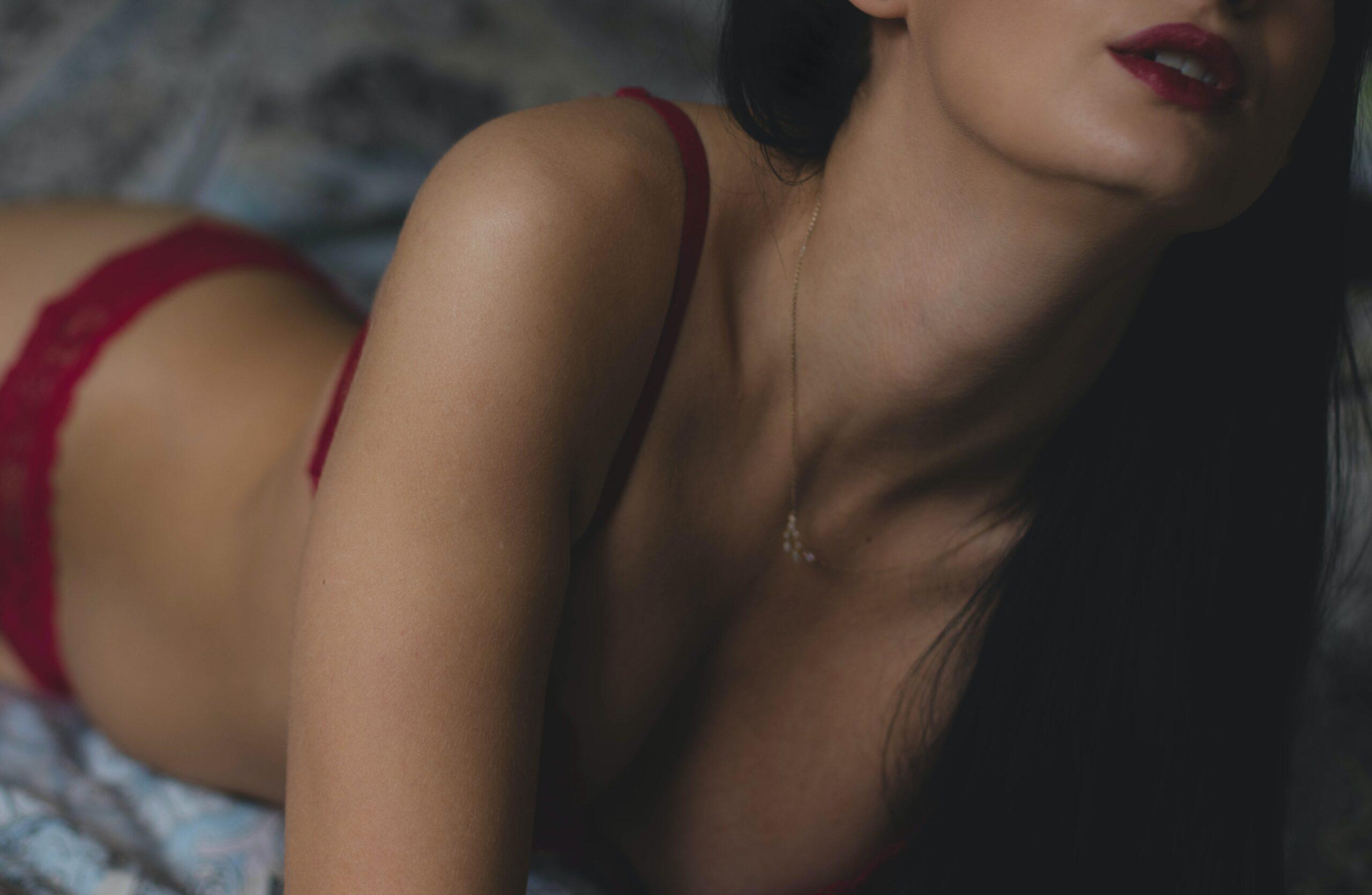 Confessioni sessuali di un gigolò: la mia avventura con Paola